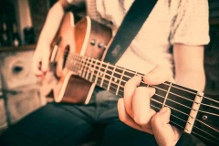 Acoustic-Ash-Solo-Acoustic-Guitarist-Hire-Bristol-and-Somerset-1