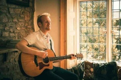 Acoustic-Ash-Solo-Acoustic-Guitarist-Hire-Bristol-and-Somerset-4