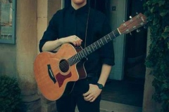 Acoustic-Ash-Solo-Acoustic-Guitarist-Hire-Bristol-and-Somerset-6