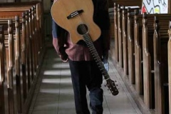 Acoustic-TK-Solo-Wedding-Party-Guitarist-Hire-in-London-10