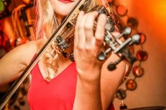 Electric-Dreams-Electric-Solo-Violinist-for-Weddings-and-Events-2