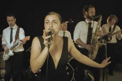 Fill-The-Floor-Wedding-Party-Band-Hire-Somerset-Devon-and-Cornwall-5