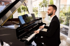 Lewis-Solo-Pianist-4