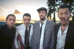 The-Medleys-Festival-Mumford-and-Sons-Style-Wedding-Party-Band-8
