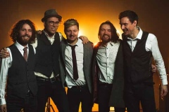 The-Quarters-Mumford-and-Sons-Festival-Style-Band-11