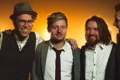 The-Quarters-Mumford-and-Sons-Festival-Style-Band-13