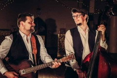The-Southern-Sons-Mumford-and-Sons-Style-Festival-Wedding-Party-Band-Hire-2
