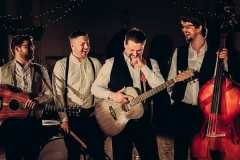 The-Southern-Sons-Mumford-and-Sons-Style-Festival-Wedding-Party-Band-Hire-7
