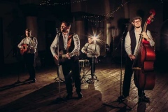 The-Southern-Sons-Mumford-and-Sons-Style-Festival-Wedding-Party-Band-Hire-9