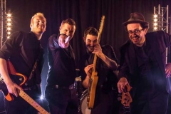 Stereo-Jacks-Somerset-Devon-Wiltshire-Gloucestershire-Wedding-Party-Band-Hire-22